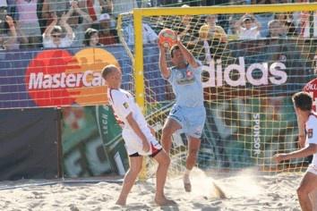 Rozgrywki beach soccera
