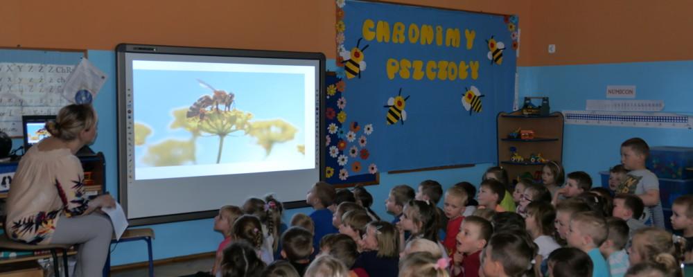 Przedszkolaki wiedzą jak chronić pszczoły…