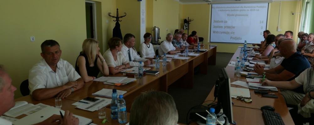 Jednogłośne absolutorium dla Burmistrza Poddębic